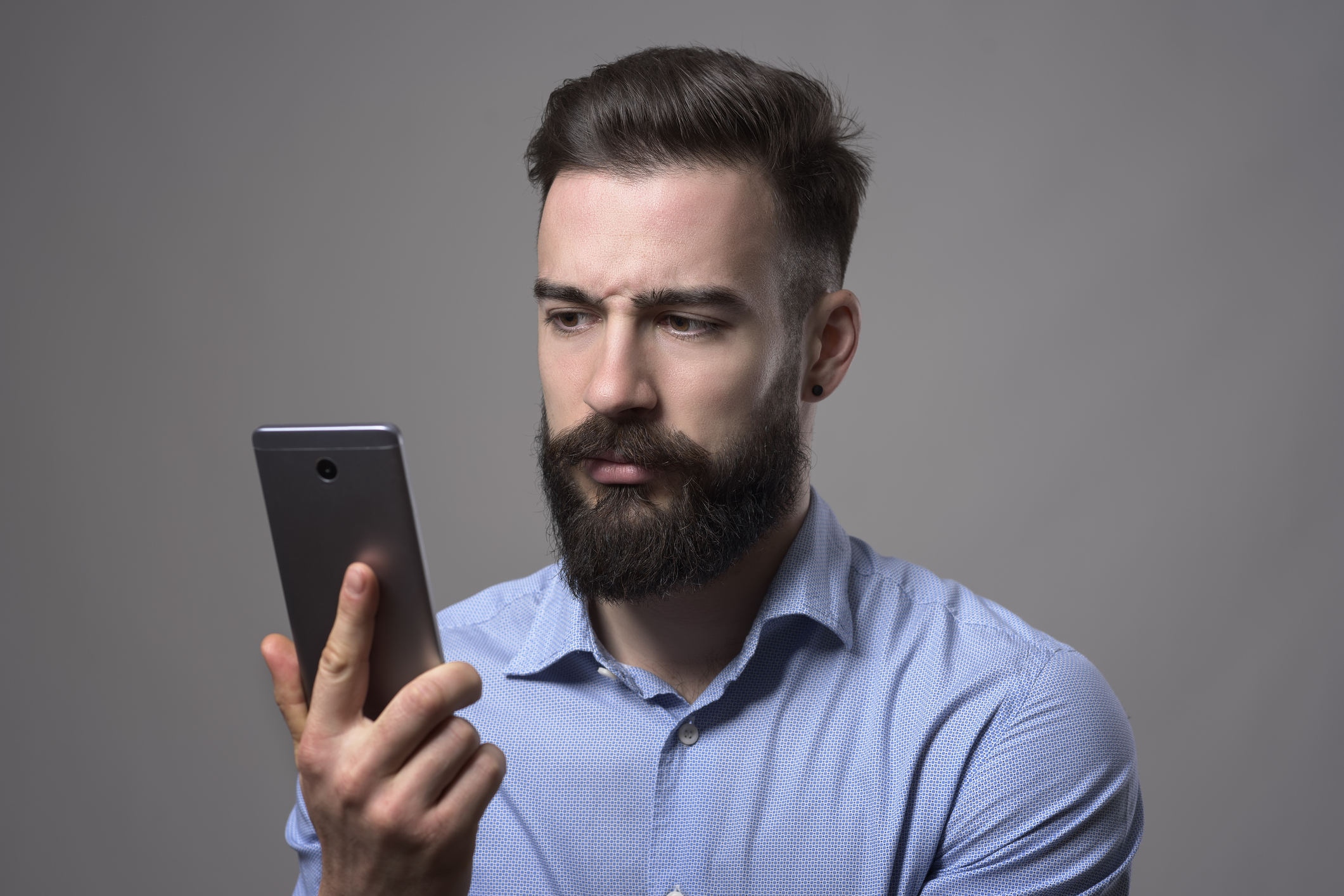 Cleaning up your phone: 5 things to declutter